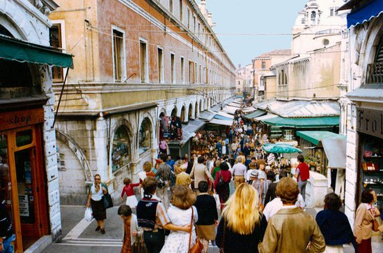 Venice: 2-hour private tour of its...
