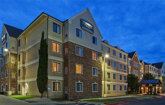 Staybridge Suites Austin-Round Rock : Exterior