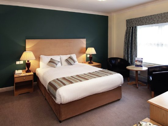 Mercure altrincham bowdon hotel bewertungen fotos for Media room guest bedroom