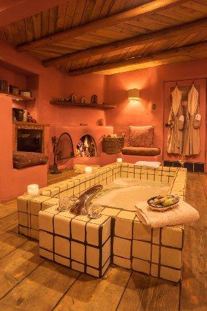 Ranchos De Taos, NM: Rosa soaking tub & fireplace in bathroom
