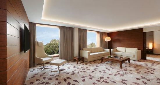Suites - 2 BR Luxury Living Room