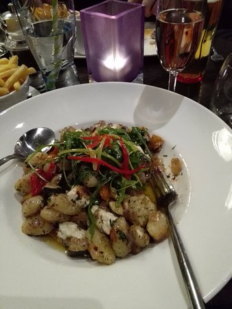 DoubleTree by Hilton Hotel London - Chelsea: Gnocci with vegetables