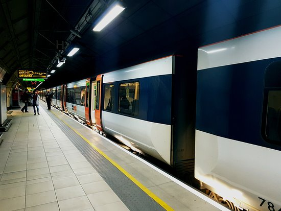 Heathrow connect london all you need to know before you go heathrow connect sciox Choice Image