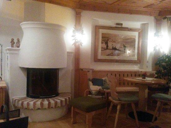 Hotel Mareo Dolomites: IMG_20180101_212141_large.jpg