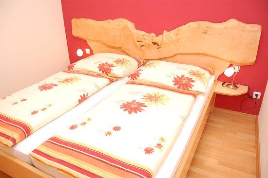 grossraming foto 39 s getoonde afbeeldingen van grossraming. Black Bedroom Furniture Sets. Home Design Ideas