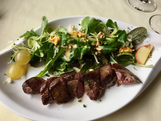 Cafe-Restaurant-Hotel des Six-Communes : Venison season
