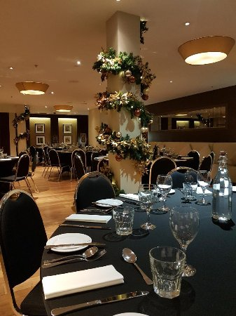 Freya's Restaurant at Aspers Casino: Well dressed restaurant