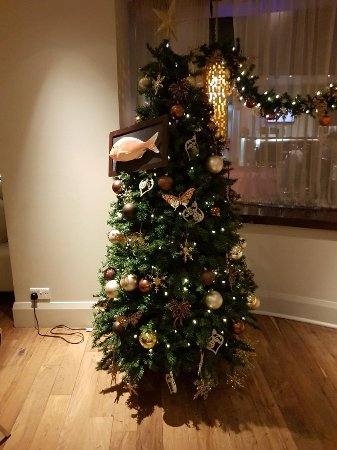 Freya's Restaurant at Aspers Casino: The tree with special addition prop