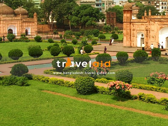 Lalbag Fort: This is lalbagh fort