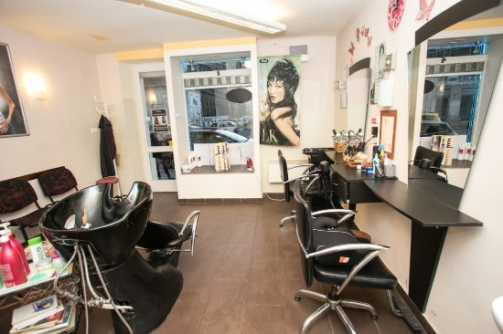 Full Diamond Beauty Salon