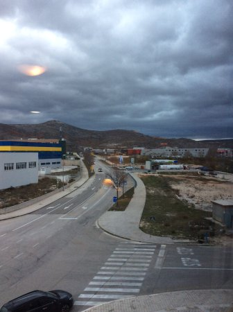 Dugopolje, Kroatië: ドゥーゴポリエの街並み