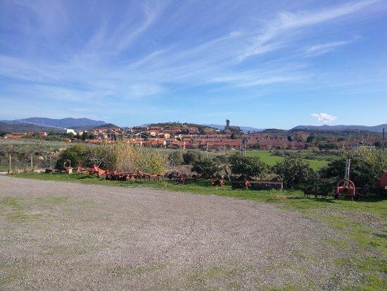 Tratalias, Италия: vista del paese