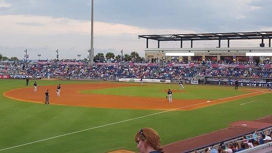Blue Wahoos Ballpark: 20170812_190334_large.jpg