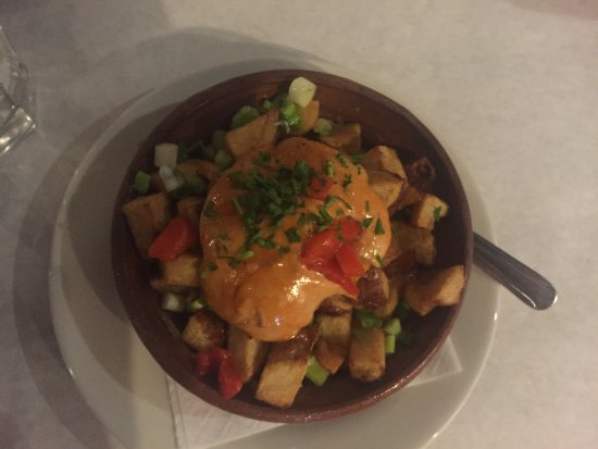 Northfield, IL: Patata Bravas