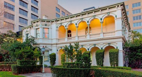 Bayview Eden Melbourne Au 116 A̶u̶ ̶1̶4̶8̶ 2018 Prices