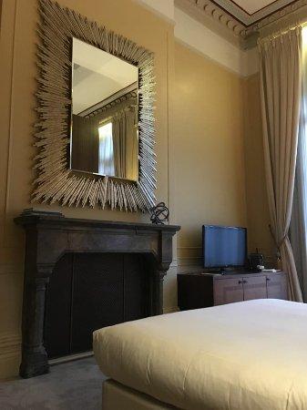 St. Pancras Renaissance Hotel London: Chambers Suite