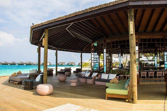 Jumeirah Vittaveli B4R open air deck