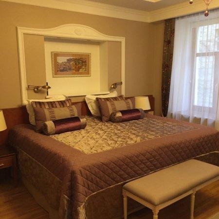 Helvetia Deluxe Hotel: photo1.jpg