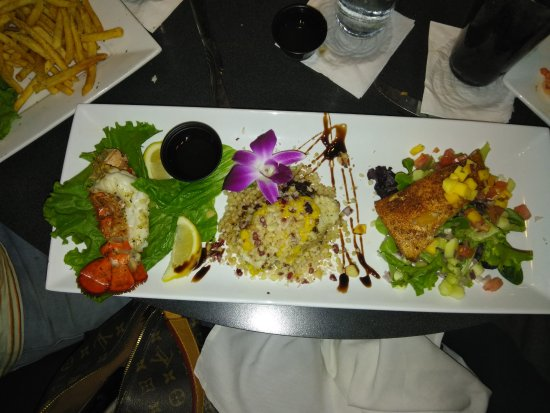 Fish tale grill by merrick seafood cape coral omd men for Fish tales cape coral