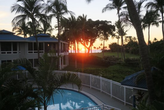 Wyndham Mauna Loa Village: View from upper balcony at the sunset