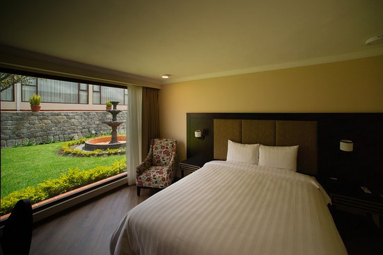 Quindeloma Hotel