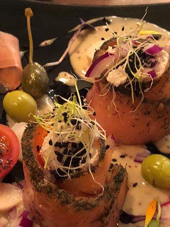 Involtino di salmone marinato la mandragora - La mandragora malaga ...