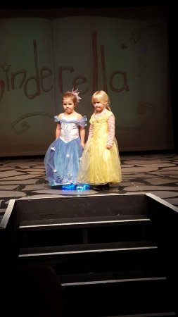 Ickenham, UK : Two of my great-granddaughters. Maddie (yellow) 5 on Christmas Eve. Ava (blue) 5 on 2nd January.