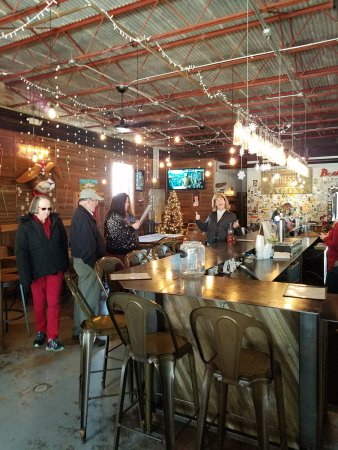 Swamp Rabbit Brewery & Tap Room: Fun times at the brewery