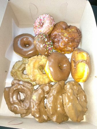 Lincoln, CA: Thepinkbox Donutshop