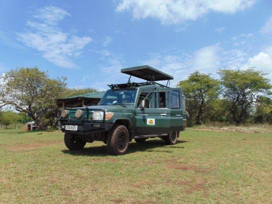 Golden Rwanda Safaris