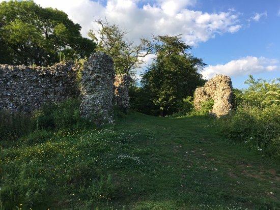 Ruins at Thurnham Castle