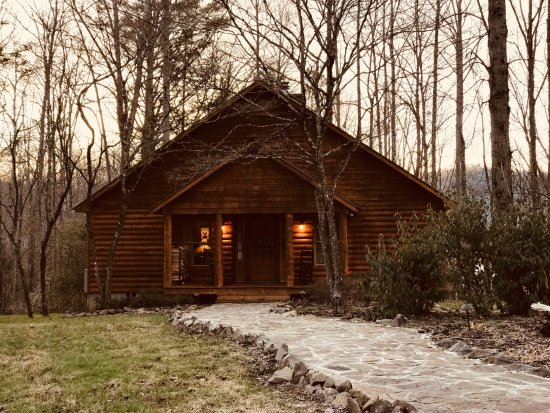 Dancing Bear Lodge: LeConte Cabin