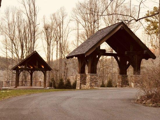 Dancing Bear Lodge Grounds