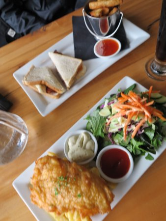 Bailiez Cafe: Fish & Chips, Toasted Sandwich with Wedges - Value meal
