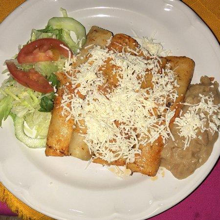 Cosala, Mexiko: Muy rico y limpio todo, los precios son accesibles y lo que más recomiendo es el ceviche de cama