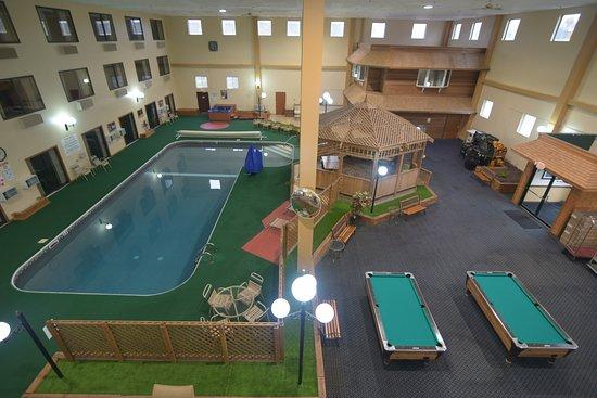 Katahdin Inn and Suites