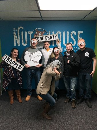 Nut House Escape Rooms: This group was so much fun!
