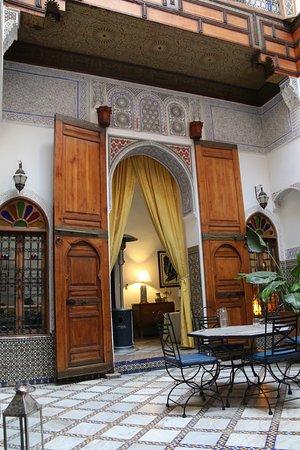 Riad Laayoun : Salão de entrada