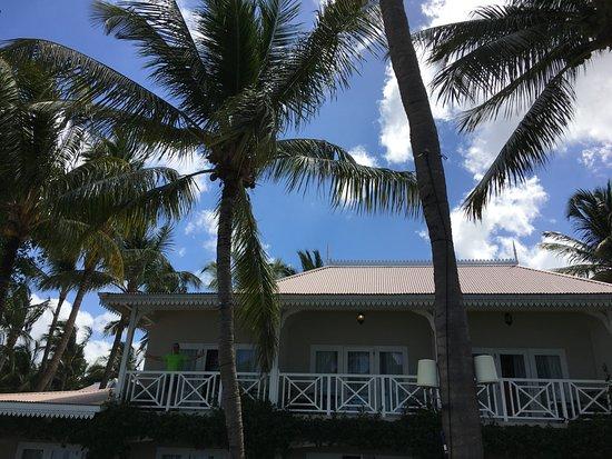 Sugar Beach Mauritius : VIEW OF OUR VILLA BEACH VIEW NBR 565 IN SUGAR BEACH GOLF RESORT AND SPA, DECEMBER 2017.