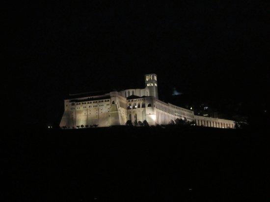 Carfagna Country House: Panorama della Basilica di San Francesco