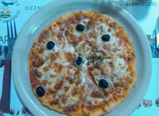 Caparica, Portugal: Pizza