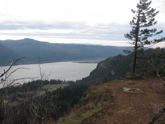 Cape Horn Trail: Cape Horn Upper Viewpoint