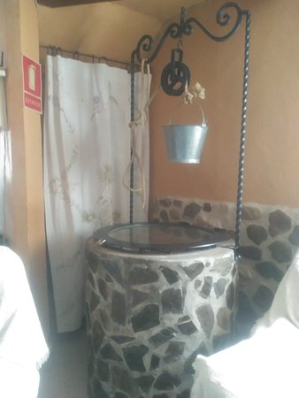 Riolobos, Spain: Conserva un pozo