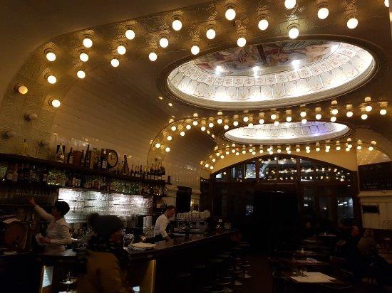 cafe paris hamburg hamburg altstadt restaurant reviews phone number photos tripadvisor. Black Bedroom Furniture Sets. Home Design Ideas