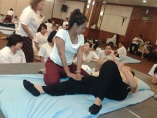 Tip Hat Taa professional Thai Massage-Treatments-Therapy and Teaching Courses