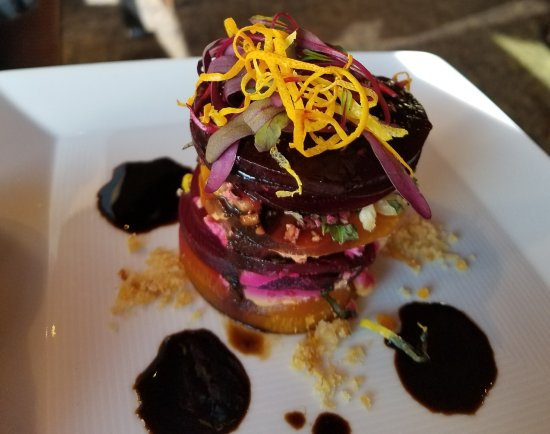 River's End Restaurant: Beet Salad