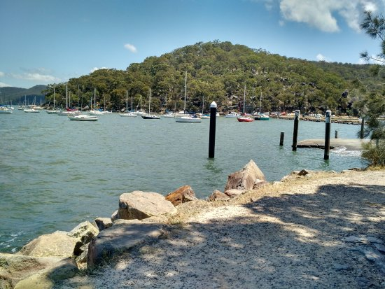 Brooklyn, Australia: On the Hawkesbury River coastal path