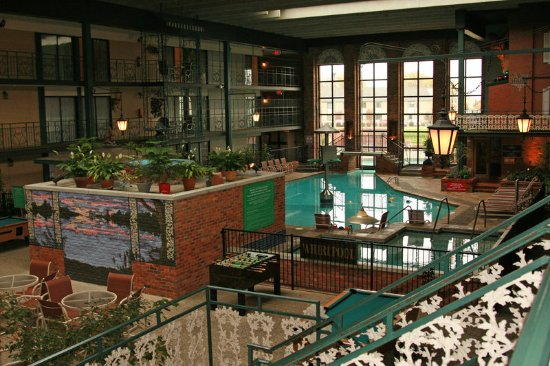Holiday Inn Perrysburg French Quarter