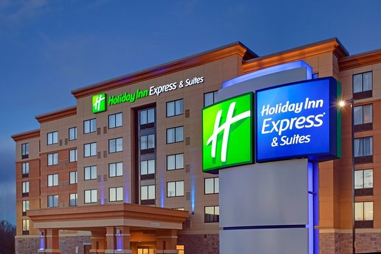 Holiday Inn Express & Suites Ottawa West - Nepean: Exterior