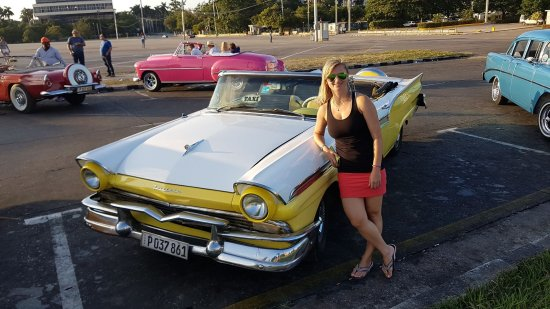 Classic Car Tour Guide Rolando Picture Of Havana Urban Adventures - Classic car guide